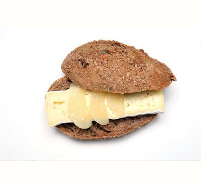 Nussbrötli Brie